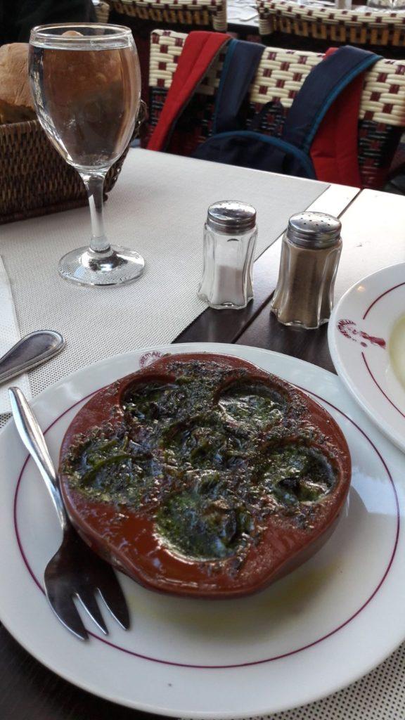 Paris Salyangoz Yemeği