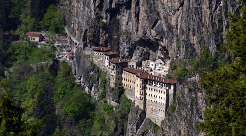 Trabzon Gezilecek Yerler | Sümela Manastırı | Boztepe