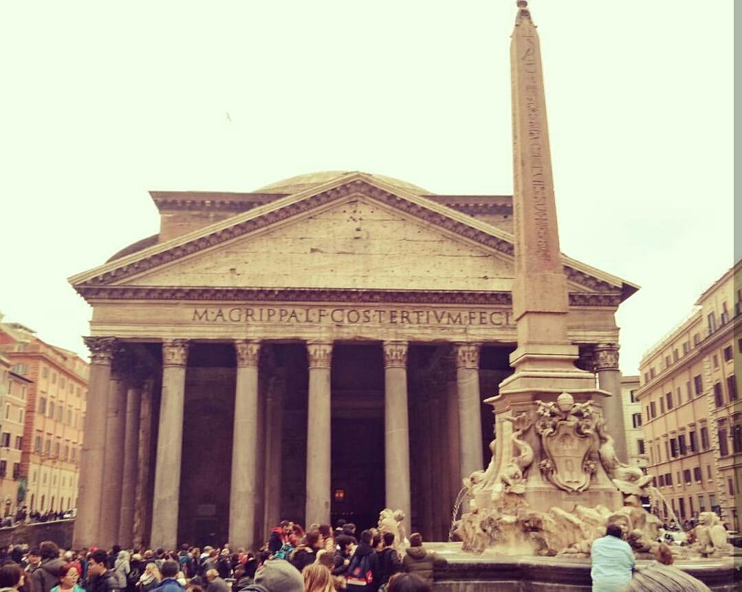 Pantheon Tapınağı - Photo:macha_around_the_world