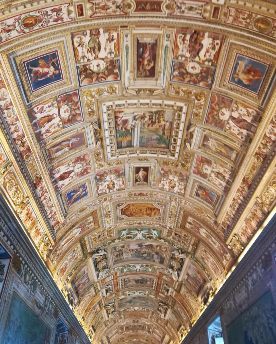 Vatikan İç Görünümü : Photo: barry_krishna