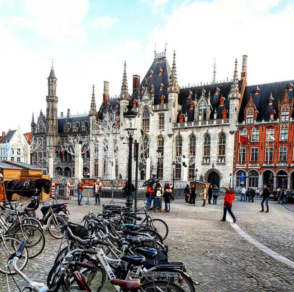 Brugge - bisiklet parkları