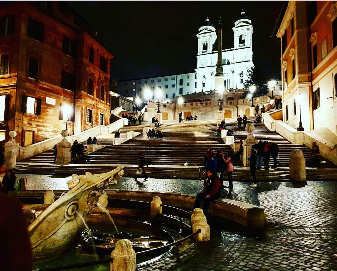 Piazza Di Spagna-İspanyol merdivenleri photo:nicola.ferrari.92