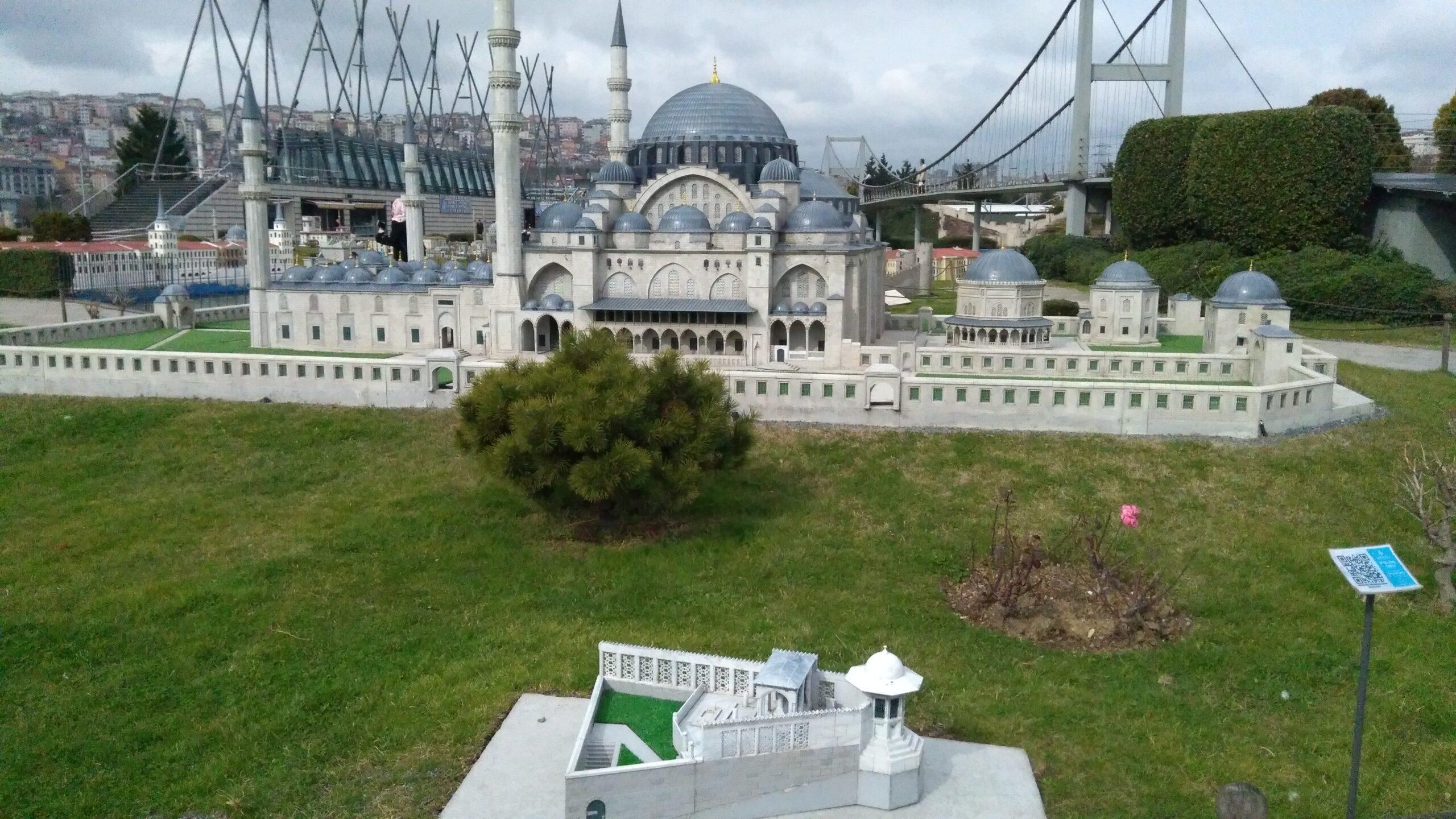 Süleymaniye Cami ve Mimar Sinan Türbesi