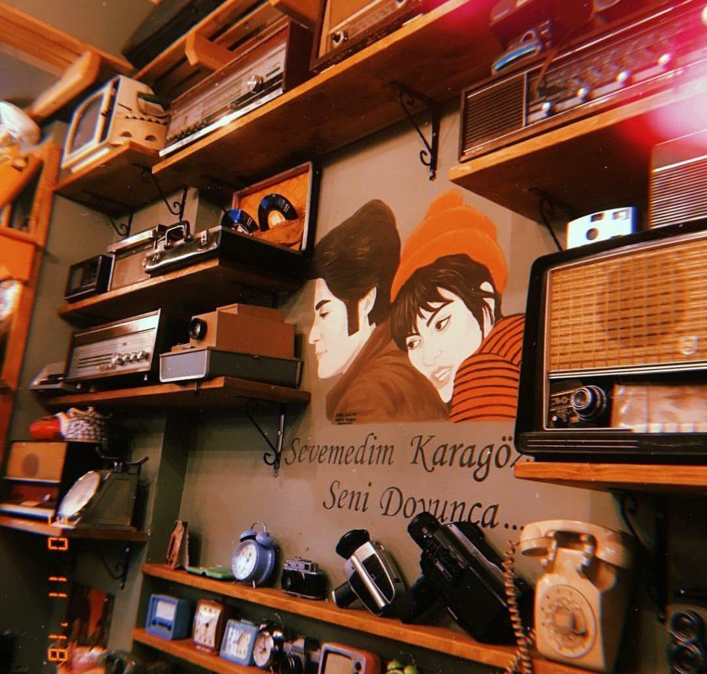 Velhasılı-Kelam Cafe