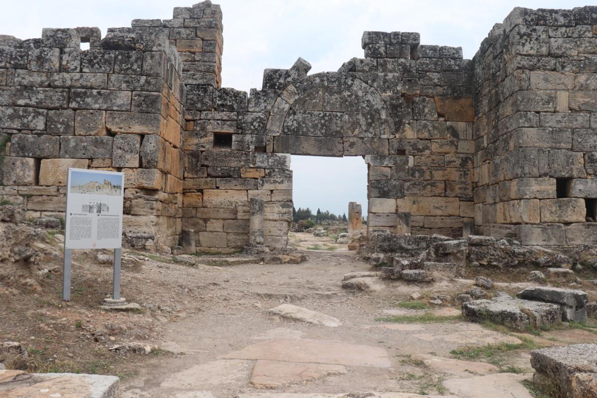 kuzey Bizans Kapısı