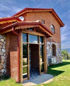 Askania Taş ev